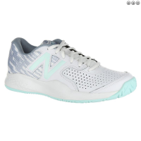 New Balance Women's Tennis Shoe 696v3 White/ Reef